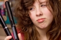 8 عادات سيئة تنتج الشعر التالف!