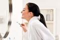 6 أخطاء شائعة خلال تنظيف الأسنان