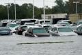 """المساجد تستقبل متضرري إعصار """"هارفي"""" بينما كبرى كنائس تكساس الأميركية تغلق أبوابها أمامهم!"""
