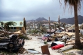 إعصار إرما يشرد عشرة ألاف فلسطيني من بيوتهم