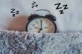 ما العلاقة بين النوم وزيادة الوزن؟