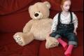 الطفلة الدمية .. يخشى الجميع إيذائها بدون قصد.. وتوقع الأطباء موتها !