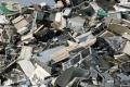 النفايات الالكترونية ...عجز فلسطيني عن تدويرها وتخوّف من التطبيع يحول دون التخلص منها