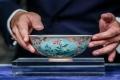 زبدية فخارية نادرة تُباع بـ 30 مليون دولار