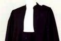 هل تعرف لماذا يلبس المحامون لباسا أسودا ؟