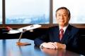 المدير التنفيذي لواحدة من أكبر شركات الطيران العالمية يدخر لكي يصلح سخان الماء في منزله! ...