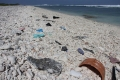 تعرف على جزيرة النفايات العملاقة التي تطفو في المحيط الهادئ
