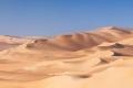 هل تتخيل العالم من دونها.. الرمال أصبحت أندر مما نعتقد ودبي تستوردها من أستراليا الآن