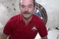 بالفيديو.... هذا ما يحدث للدموع اذا بكى رائد الفضاء