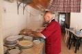 أبو حلاوة: حارس مطعم نابلس الأول!