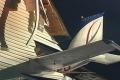 بالفيديو: طائرة تقتحم بيت ومالكه يتفاجأ بغرباء في غرفته