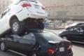 بالفيديو.. حادث غير مسبوق وغريب من نوعه لـ3 سيارات في المنطقة الشرقية للسعودية