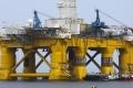 النفط يقفز 2% بعد الضربات الصاروخية الأميركية على سوريا