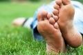 14 حقيقة مذهله لم تكن تعرفها حول أقدامنا نحن البشر