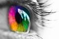 لماذا عيوننا تأتي بألون مختلفة؟