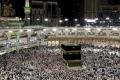 السعودية تعلق الدخول إلى أراضيها لأغراض العمرة وزيارة المسجد النبوي تفاديا لكورونا