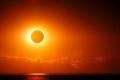 هل يتسبب النظر المباشر إلى كسوف الشمس بالعمى؟