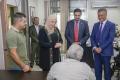 الإسلامي الفلسطيني يقدم كرسيين كهربائيين لذوي الاحتياجات الخاصة