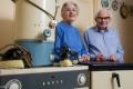 زوجان عاشا 60 عاما بنفس الأجهزة الكهربائية