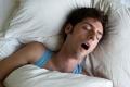 هل تنام 8 ساعات يومياً لكنك تشعر بالتعب الشديد عند الاستيقاظ؟
