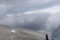 لقطات تحبسُ الأنفاس.. شاهد طياراً يحلّق في قلب إعصار إرما المدمِّر ويتغلَّب على سرعة الرياح ...