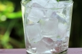 كيف تساعد مكعبات الثلج على إنقاص الوزن؟
