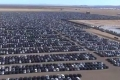 """بالفيديو  """"مقبرة"""" للسيارات في أمريكا"""