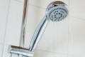 الاستحمام مساء أو صباحا.. ما الأفضل لصحتنا؟