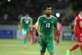 """نجم العراق يتلقى """"أسوأ خبر"""" في حياته ويغادر الملعب (شاهد)"""