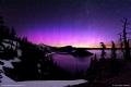 شفق قطبي رائع جداً فوق بحيرة الفوهة... شاهد واستمتع