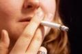 لماذا يضر التدخين النساء أكثر من الرجال؟