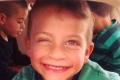 وفاة طفل بعد نسيانه في سيارة والده أمس