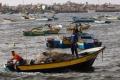 رحلة البحث عن السمك في غزة...مهمة شاقة تهدد مصدر رزق آلاف الصيادين وتنذر بتدهور البيئة ...