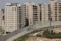 """وزير """"إسرائيلي""""يقود خطةً لتقليل العرب بالقدس بنسبة النصف.. سيُعزَلون عن مدينتهم ويُترَكون نهباً للمجرمين وانهيارات ..."""