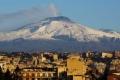 أنشط بركان في أوروبا يزحف في المتوسط.. ويهدد بكارثة