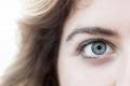 اللون الأخضر من أكثرها ندرة.. لماذا تختلف ألوان عيوننا؟