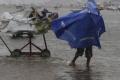 الاعصار ثين يضرب الساحل الجنوبي للهند
