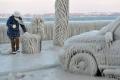 """ألمانيا تئن تحت وطأة """"العصر الجليدي"""" .. درجة الحرارة 30 تحت الصفر...شاهد الصور غير المريحة"""