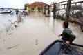 الأمطار والفيضانات تتسبب بالشلل شرقي ألبانيا