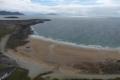 بعد 33 عاما.. شاطئ أيرلندي يعاود الظهور بعد اختفائه في المحيط الأطلسي