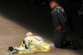 شاهد الفيديو.. وفاة مفاجئة لعارض أزياء برازيلي فوق منصة العرض