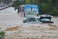 العاصمة التونسية تغرق بعد موجة من الأمطار الغزيرة