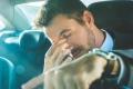 لماذا قيادة السيارة تجعلنا نشعر بالنعاس؟