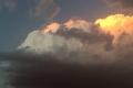 تقلبات جوية ..هواء ساخن ورياح متقلبة وفرصة لأمطار رعدية في الأيام القادمة