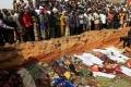 الأمطار الغزيرة والفيضانات في نيجيريا تخرج 500 جثة من المقابر وتشرد الآلاف