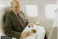 مسافر يحصل على 300 وجبة طعام مجانية بهذه الحيلة الذكية.. تعرف ماذا فعل