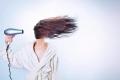 كيف مرة يجب أن تغسل شعرك؟؟؟