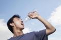ماذا سيحصل لجسمك إن استبدلت جمع مشروباتك بـ الماء ؟