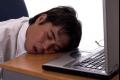 لماذا يعاني بعض الناس من سيلان اللعاب خلال النوم؟``