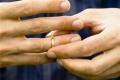 يهودي اشهر اسلامه وتزوج فتاة من الضفة